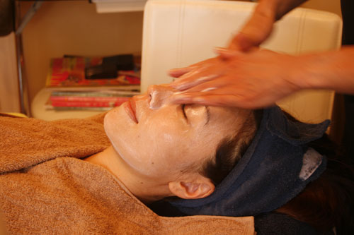 Facial at Nao's beauty planet